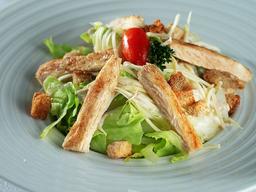 Salada Caesar Mix com Frango