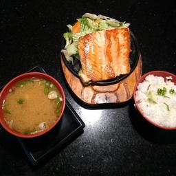 Delicioso Teppan de salmão