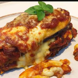 Beringela a Parmigiana + Refrigerante Lata