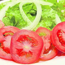 Salada de alface e tomate