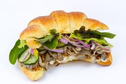 Sanduiche de croissant de shimeji