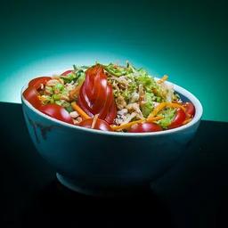 Salada Especial de Salmão Grelhado Desfiado