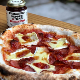 Pizza Diavola e Brie - 26cm