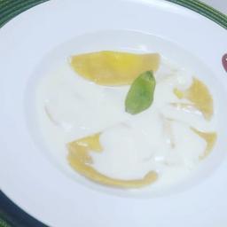 Mezzaluna de limão siciliano