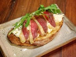 Burrata, Presunto Cru de Pato