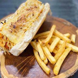 Cheddar Dog com Maçarico e Fries