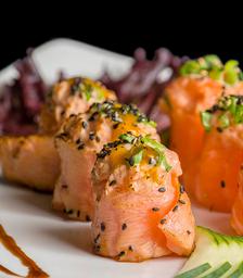 Sushi especial maçaricado - 4 Peças