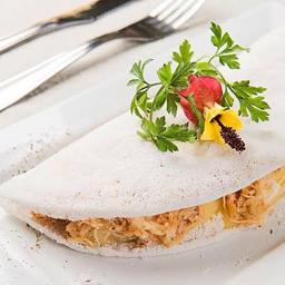 05 - tapioca frango desfiado, queijo, ovo de codorna e orégano