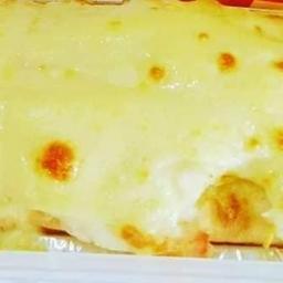 Hot Dog Simples de Carne Moída com Cheddar Gratinado