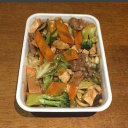 Yakisoba simples - 300 gramas em dobro