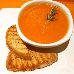 Sopa de cenoura  (vegana)