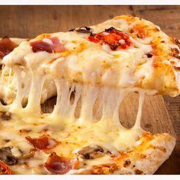 Pizza de Frango a Bolonhesa