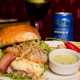 """Burger P6 Gourmet de Poireau et Brie `""""Viih Tube"""""""