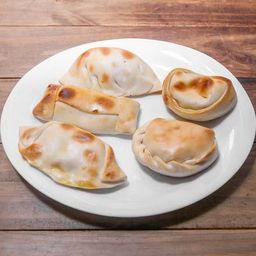Empanada de Queijo e Palmito