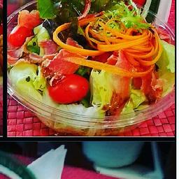 Bowl de Salada com Lascas de Alcatra