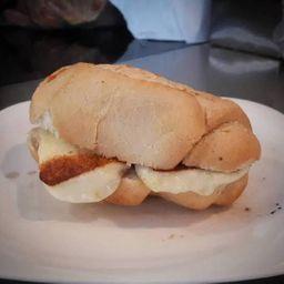 Pão com queijo coalho
