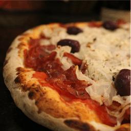Pizza Calabresa Tradicional