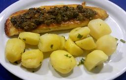 Filé de Peixe com Alcaparra e Batata Sautê