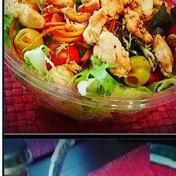 Bowl de Salada de Frango