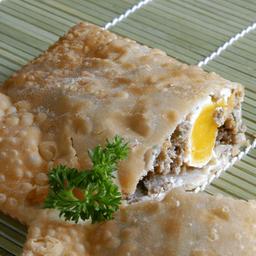 Pastel de Carne com Ovo