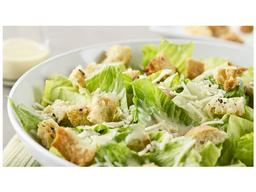 Cesar Salad Frango e Salada de Frutas