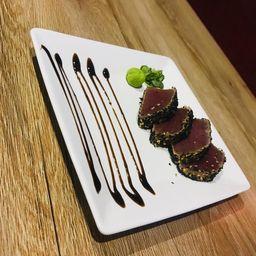 Sashimi de Atum com Gergelim