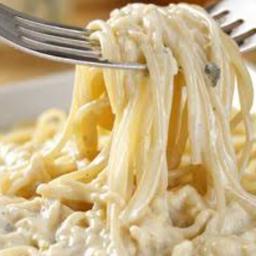 Espaguete ao Molho Branco