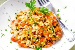 Porção de arroz integral  grego
