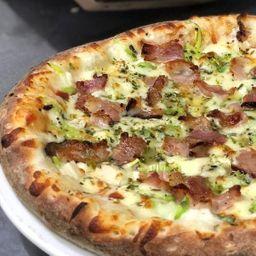 Pizza salgada - pequena (4 fatias)
