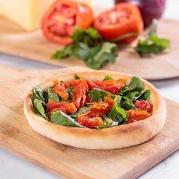 Eat'sfiha Rúcula com Tomate Seco