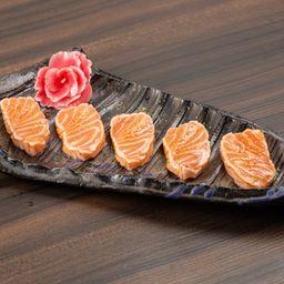 5 Sashimi de Salmão Maçaricado e Trufado