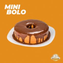 Mini Bolo de Cenoura com Cobertura