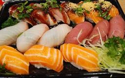Sushi Arte Chichi - 15 Peças e 2 Harumakis