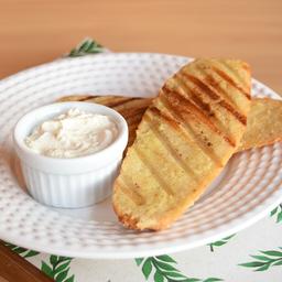 Pão sem Glúten na Chapa com Manteiga Vegana
