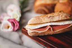 Croissant Brie com Parma