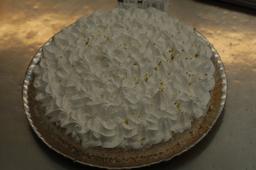 Torta de Limão Grande peso aprox 700g