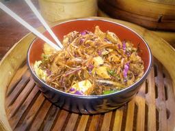 Chow Mein Frango