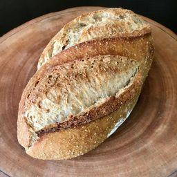 Pão de Quenoa e Castanha