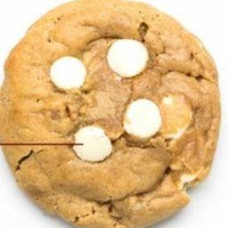 Cookie com Chocolate Branco e Nozes