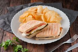 Sanduíche de Pesto de Manjericão
