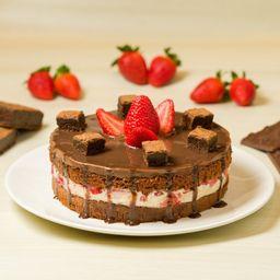 Torta Média Trufa de Choc. Branco com Brownie e Morangos Frescos