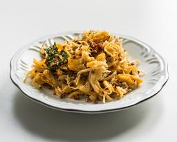 Frango Korin desfiado com quinoa