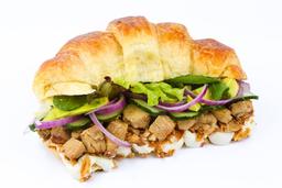 Sanduíche de croissant de frango