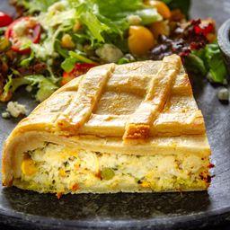 Fatia de Torta de Frango com Legumes