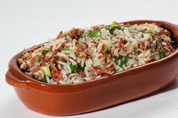 Troque seu arroz branco por arroz carreteiro