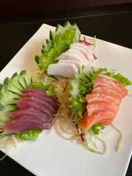 Sashimi simples ( 16 unid )