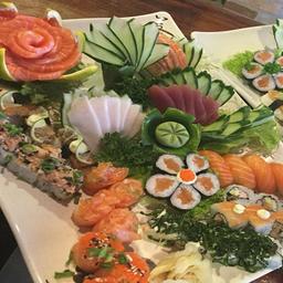 Combinado de Sushi Especial com 48 peças