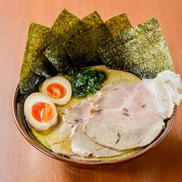 Eak - shoyu tonkotsu ajitama / 家系味玉