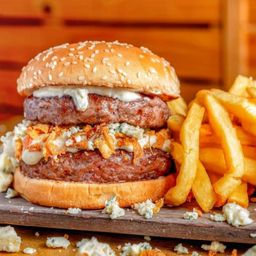 Burger Duplo e French Fries