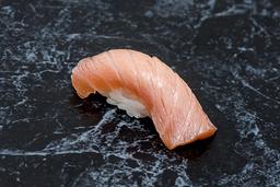 Sushi Salmão Maçaricado